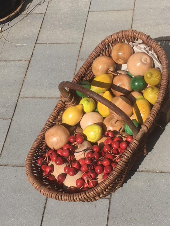 Obstkorb von Georg Klein